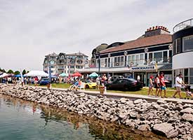 Why Should You and Dad Explore Bay Harbor for Father's Day Weekend? Harbour Ridge style=