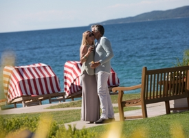 Have You Heard Of These Romantic Hot Spots Located In Northern Michigan? Harbour Ridge style=