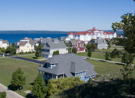 What's Hot in Real Estate in Upstate Michigan? Harbour Ridge style=